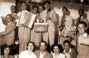 BREVES APUNTES SOBRE LA HISTORIA DE LA SOCIEDAD. EL CENTRO CULTURAL Y RECREATIVO SAN NICOLÁS, ANTES CENTRO CULTURAL Y PROGRESISTA SAN NICOLÁS. I